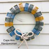 Lobster Trap Wreath colored with white bow