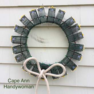 Lobster Trao Wreath green with white bow